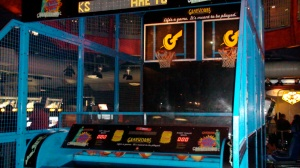 Full-size arcade basketball machine